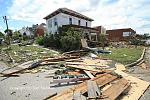 Name: 110822-goderich_damage_0096.jpg    
