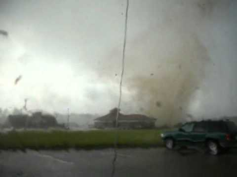 Video by Steven Hoag: Wilson NC Tornado AS IT...