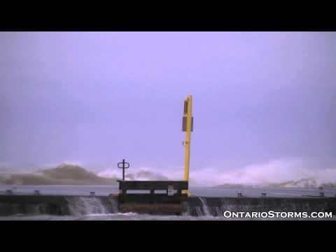 Wind storm in southern Ontario, Apr.28, 2011 (St....