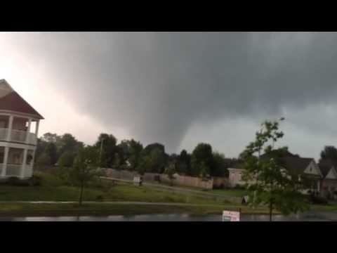 Tornado in Angus, ON - Jun.17, 2014